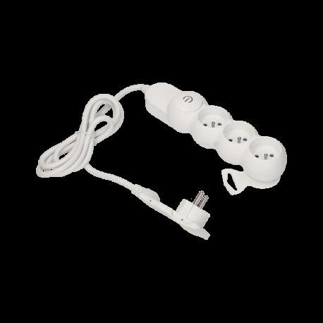 Przedłużacz 3 m 3 gniazda z płaską wtyczką i wyłącznikiem 3x2P+Z ORNO OR-AE-1313/W/3M, biały